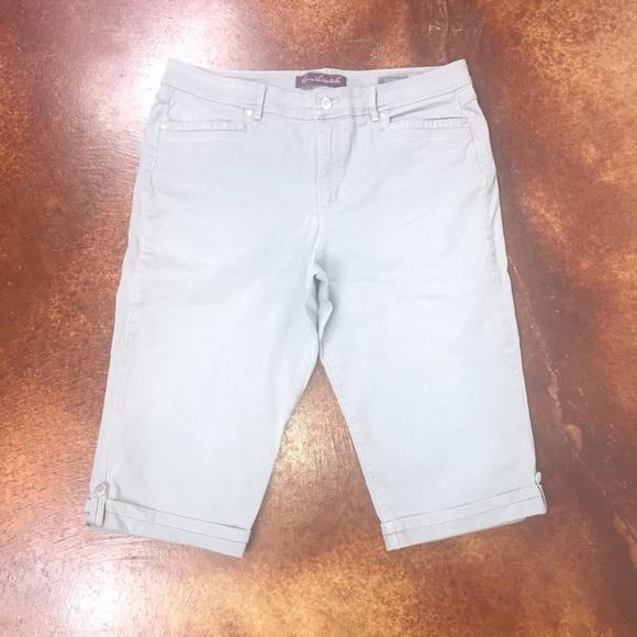 Gloria Vanderbilt Denim - Gloria Vanderbilt 14 Skimmer grey jean capris